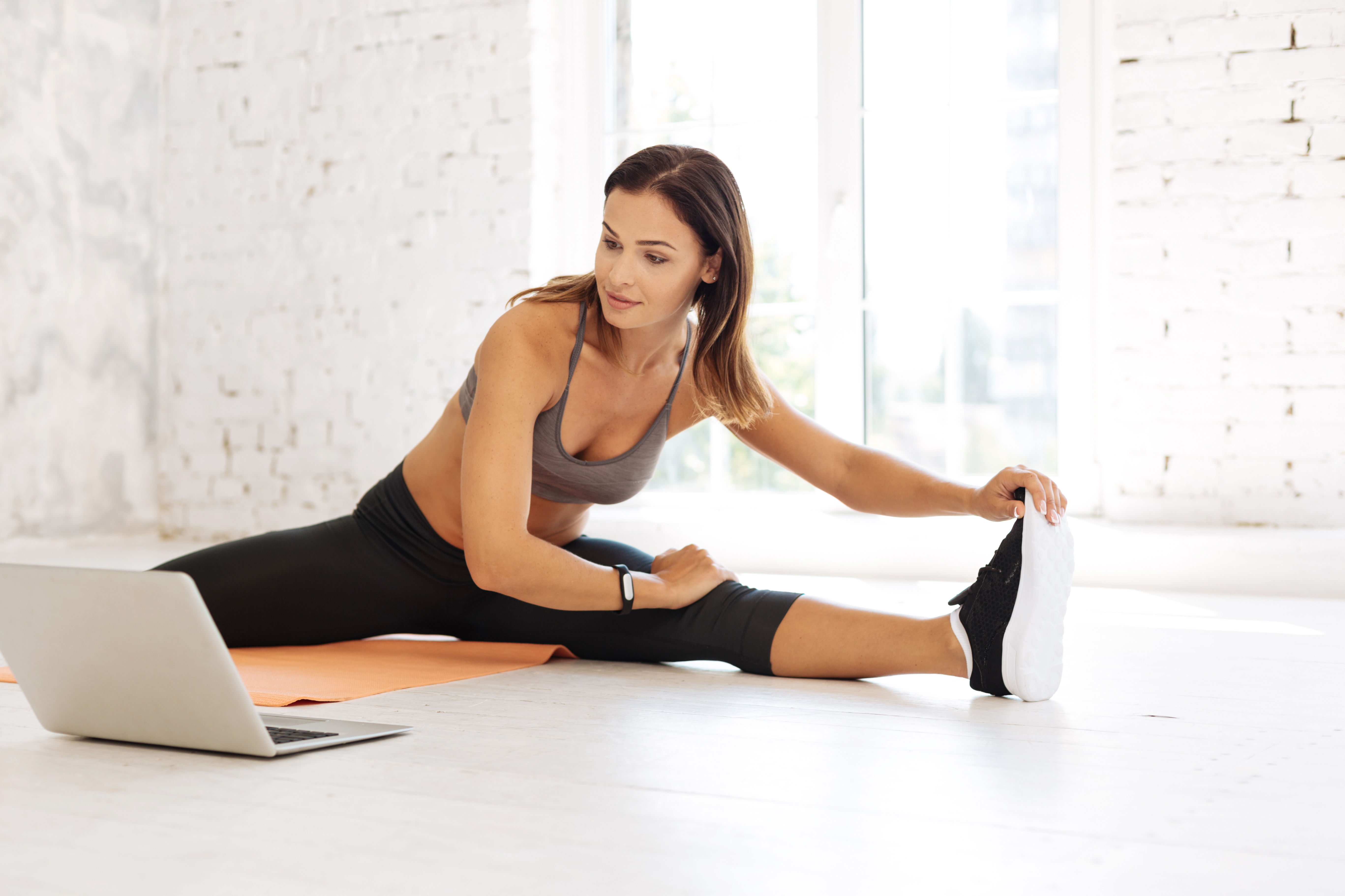 When Should Trainers Give Fitness Freebies?